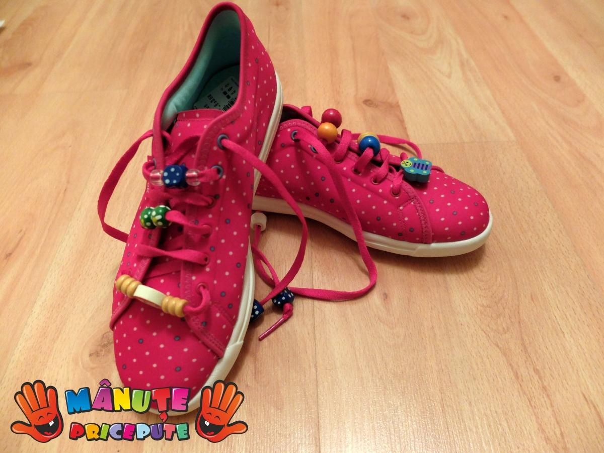 Papuci colorați