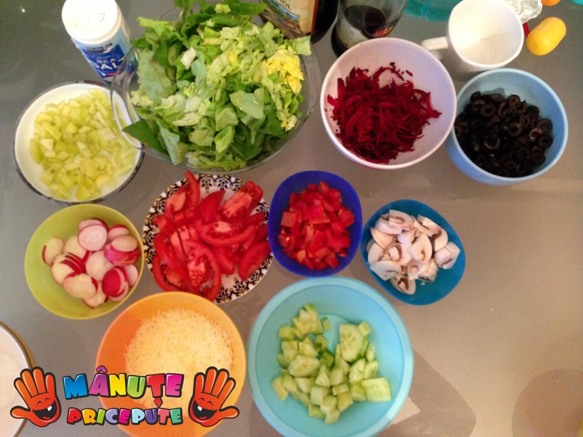 Salata veselă